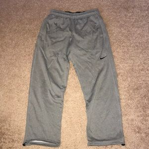 NIKE Grey Therma-fit sweatpants
